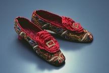 Antique Bags, Purses, Fans, Shoes and Accessories... / by ❈Agnès ❧ Brun❈