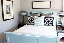 new bedroom please / by Erin Darling