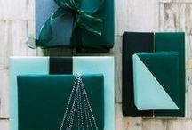 Giftwrap / by Jes-ka