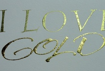 Gold/Oro ♥♥♥♥ / by Raquel Candanedo-Luciano
