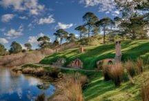 Paket Tour Selandia Baru / Kunjungi berbagai tempat wisata Selandia Baru yang menarik melalui berbagai pilihan Paket Tour Selandia Baru yang tersedia. Liburan ke Selandia Baru akan menjadi pengalaman yang tak terlupakan bersama rekan atau keluarga. Biaya Paket Tour Selandia Baru sudah termasuk tiket pesawat, akomodasi hotel dan makan sesuai jadwal tour.