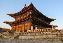 Paket Tour Korea / Kunjungi berbagai tempat wisata Korea yang menarik melalui berbagai pilihan Paket Tour Korea yang tersedia. Liburan ke Korea akan menjadi pengalaman yang tak terlupakan bersama rekan atau keluarga. Biaya Paket Tour Korea sudah termasuk tiket pesawat, akomodasi hotel dan makan sesuai jadwal tour.