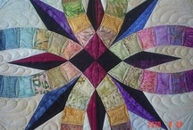 20 Double Wedding Ring Quilts / by Ellen Bee
