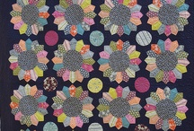 20 Dresden Plate Quilts / by Ellen Bee