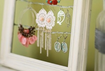 Threads | DIY Ideas & Jewelry Displays / Set up your own jewelry displays from used and recycled materials.  #DIY #upcycle