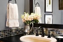 Home: Bathroom/Laundry / by Rachel DeNooyer