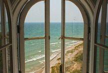Amazing Doors & Windows / by Yvette Smith