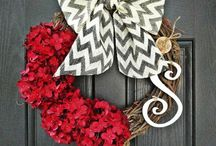 Wreaths / by Michelle Andrews