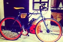 """Hybrid Bikes / Hybrid bicycles blend characteristics from more specialized road bikes, touring bikes and mountain bikes.The resulting """"hybrid"""" is a general-purpose bike that can tolerate a wide range of riding conditions and applications. Their stability, comfort and ease of use make them popular with beginning cyclists, casual riders, commuters, and children."""