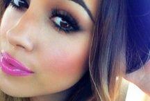 I love makeup / by Chiara Marini