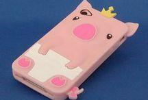 Piggy Cell Phone / Piggy Cell Phone Case + Earphone Jack Cap + Holder