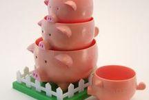 Piggy Kitchen ~ Measuring Cup / Spoon