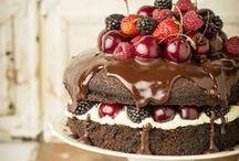 Bake Me A Cake / Cake & Cupcakes