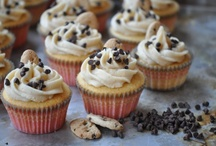 Food / Recipes, desserts, food ideas, cute desserts, cupcakes, brownies, cookies, holiday foods.