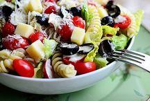 Foodie Stuff - Sides & Salads / by Liz Mayfield