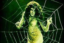 Femme Fatales / Noir, spooky and stunning ladies
