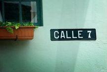 Hermosamente fea, San José / Estas son las calles que camino, hay días de amor y otros de desencanto / by Ana Vega