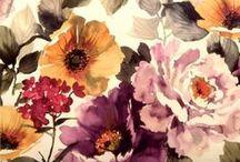 Textiles & Wallpapers / by Zilá Longenecker