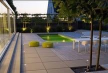 Garden styles - tuinstijlen / Some examples of romantic gardens, minimalistic backyards, formal gardens, landscape gardens and rural garden designs | Enkele voorbeelden van romantische tuinen, strakke tuinen, formele tuinen, lanschapstuinen en landelijke tuinen.