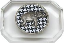 Houndstooth and elephants / Hounds-tooth and elephants make a great combination for retail gifts.   Our Classic Legacy collection includes wine accessories, desk accessories, home decor and jewelry.  These gifts are perfect for #Bama fans as well.