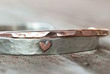 Bijoux romantiques / Des idées de cadeaux pour votre compagne