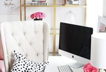 Home Office / Inspirational ideas and design for your own home office. Organizational office ideas for small spaces. | Corner offices spaces and DIY office hacks.