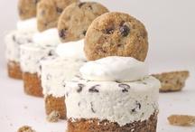 foodie: sweet treats / by Katelyn Shultz