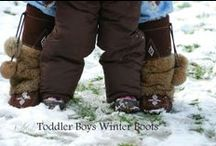 Toddler Boys Winter Boots / Lots of boot options for toddler boys to keep their feet warm while allowing them the ability to roam and explore