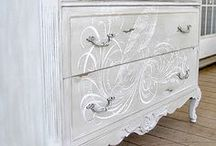 Hand Painted Furniture / Adding Hand Painted Details when Re-Styling furniture can turn a beautiful piece into an EXCEPTIONALLY beautiful piece! Here are some inspiring examples!