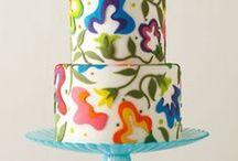 Cake / by Shaye Hull