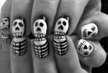 Nails / Fingernail paint designs. / by Alexandra Mullins