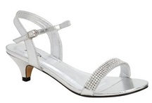 Silver Wedding Shoes / Add Glitz and Glamour to your wedding day attire by wearing sparkling sllver shoes.  Not only are they great for your wedding day but can be worn time and again.