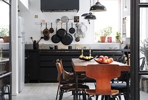 HOME: KITCHEN / by Leslie Ma