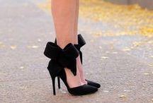 Zapatos Divinos / Inspiración de zapatos, sandalias, botas, botines y todo el calzado que una mujer desearía.  #zapatos #shoes #beautifulshoes