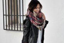 Bufandas y fulares / Bufandas y fulares para lucir en la temporada otoño-invierno  #moda #estilo #complementos