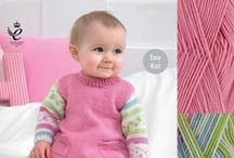 Knitting Kits For Babies and Women's (Ladies?)  Sweater / Easy Knitting Kits for Abby Blankets, Womens Sweaters, Knitted Socks and Aran Cushions, all with Yarn and Pattern with Free Shipping for All UK Orders over £15