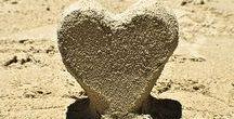 Em cada canto um coração! / Para onde quer que fores, vai todo, leva junto teu coração. -Confúcio