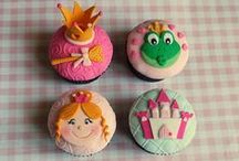"""Gourmet Cupcakes / """"A beautiful thing is never perfect."""""""