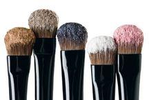 Make-Up & Beauty Tips / by Mindy Robinson
