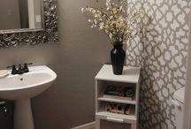 Bathroom Organizing & Decorating / by Mindy Robinson