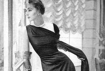 Vintage stylin! / Women's vintage fashion.