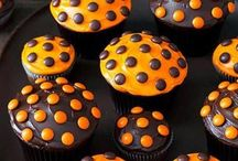 Halloween cakes, cookies and more.