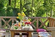 JARDINS, VARANDAS, QUINTAIS... / Neste painel é tratado aspectos de 'ÁREAS EXTERNAS', como jardins, varandas, sacadas e quintais.