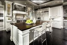 CB Home: Sizzling Kitchens / Love to cook? Prefer take out? Either way, we've got you covered. From modern to classic, contemporary to traditional, here's a collection of Coldwell Banker California's best kitchens.