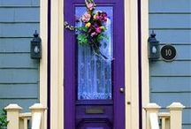 Cool Curb Appeal / The outside of your home should show off your personality just like the inside!