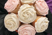 cupcake bouquet / by Lucia Cupcakee