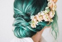 Hair: Updo's / by Alanna Joslin