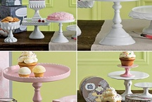 Cake Stands & Toppers / by Sweetapolita