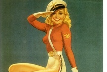 Aircraft Nose Art and Pin-Up's Girl's / by Roy Gooden