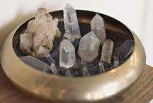 Piedras, cristales y joyas